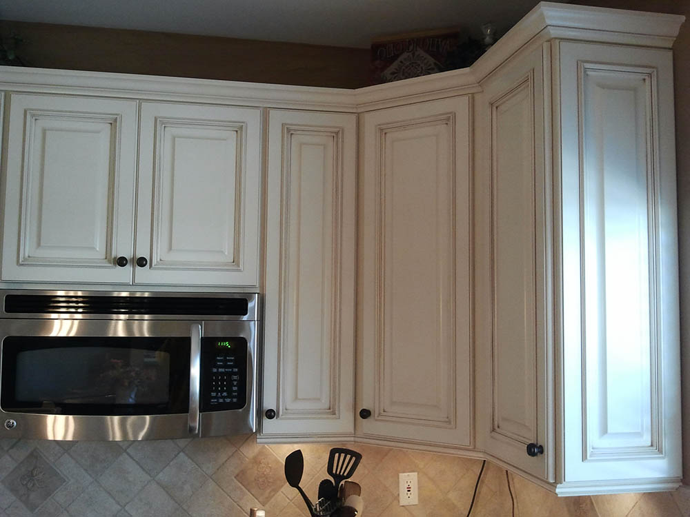 Gallery mid america cabinet refacing for Kitchen cabinets 63021